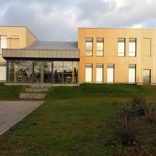 Ecole primaire Martin Martine - Cambrai / Beaucamp architecte / Joint eurochannel CCS 30079 - bardage cape cod