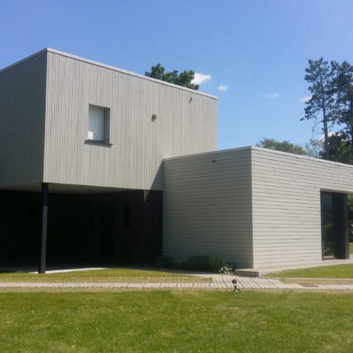 Maison individuelle - Croix / Amiot Arnoux / Joint double rhombus gris victorien - bardage cape cod