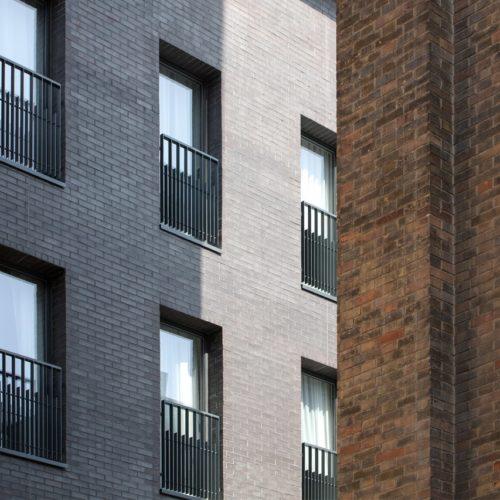 Hotel Mariott - Reims / Thienot Ballan Zulaica / Staffordshire Blue Ketley