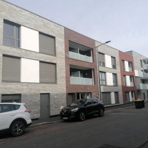 Hôtel de police - Liévin / Boyeldieu Dehaene / Röben Wiesmoor gris charbonné / rouge charbonné / blanc charbonné