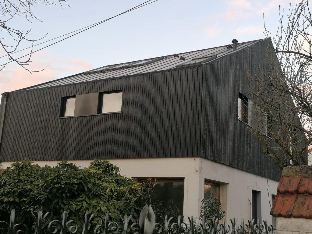 Maison individuelle - Villeneuve d'Ascq / Guillaume Afchain architecte / clair voie noir - bardage cape cod
